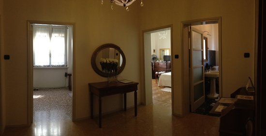 Dolci Bed and Breakfast : ingrsso suite