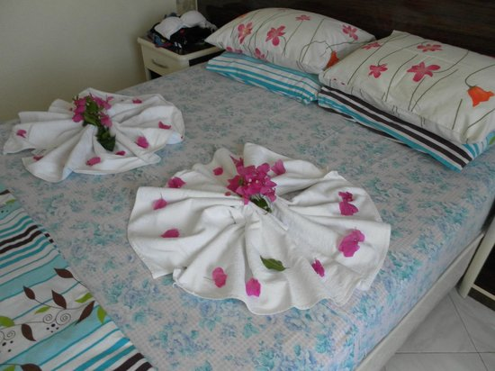 Seda Apartments: the maids at their best!