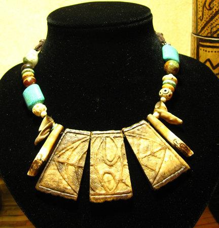 Kaingud Arts and Crafts : handcarved Bone necklace