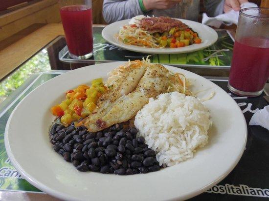La Casona Lodge: lunch