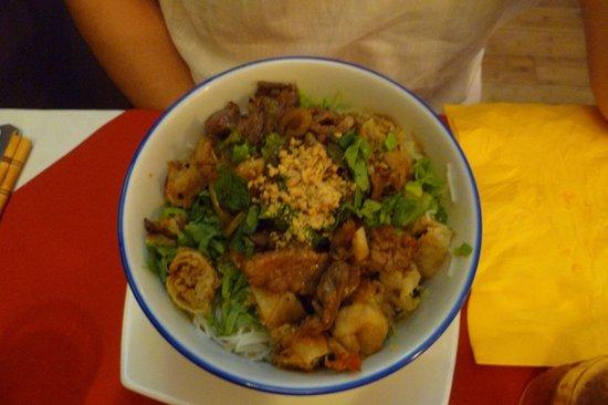 Le Lotus D'asie: plat