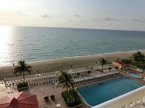 Ramada Plaza Marco Polo Beach Resort: Oceanview