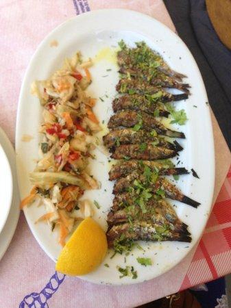 Tsipouradiko Santorinis: Grilled Sardines