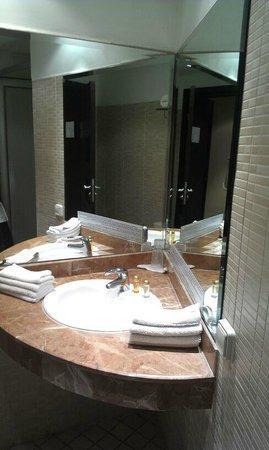 Hotel Almas : SDB