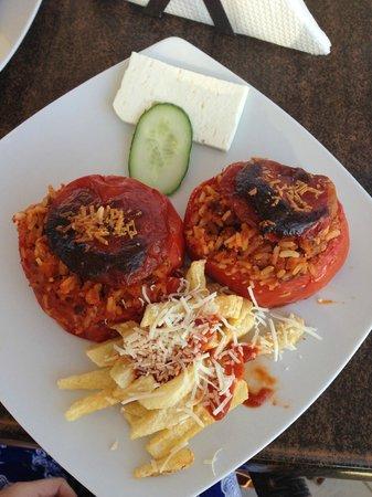 Flora: Stuffed tomatoes