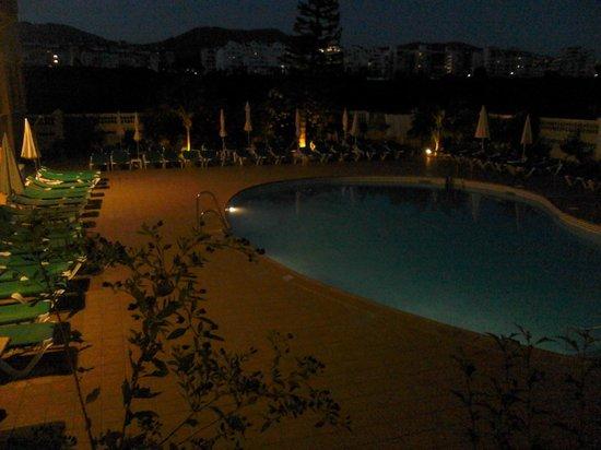 Hotel Victoria Playa: Piscina