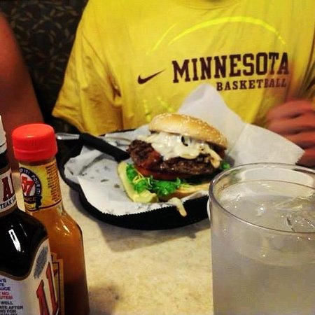 Chippewa family Restaurant: mighty burger