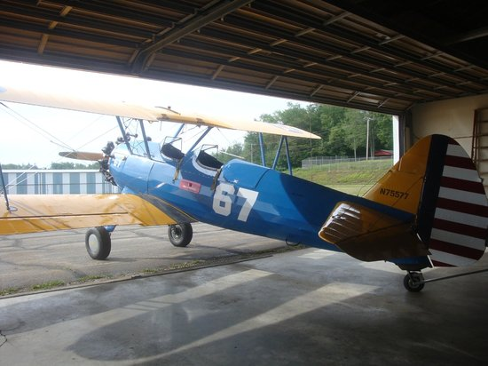 Klein Biplane Rides: Perfectly restored and maintained