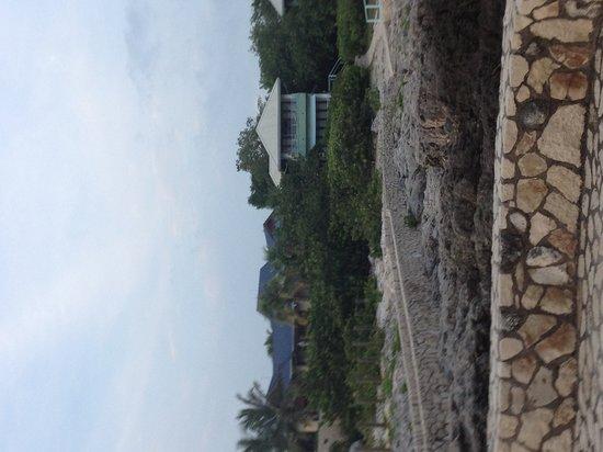 Idle Awhile - The Cliffs: villa 3