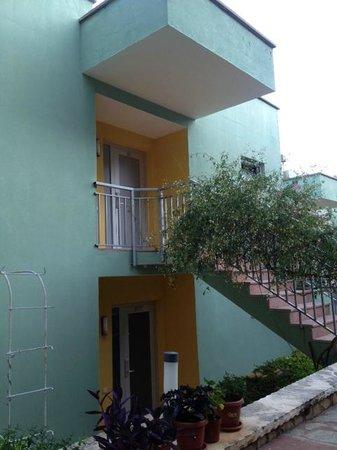 Happy Hotel Kalkan: Rooms - Exterior