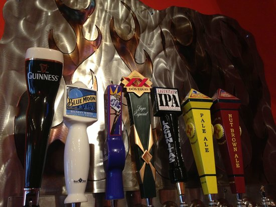 Station 316 Cafe: Great selection of drafts