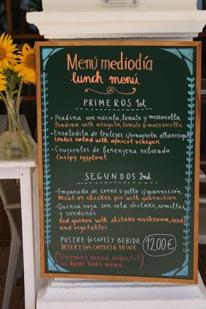 Sesamo Cafe Chai Restorante: Menu mediodia 12€