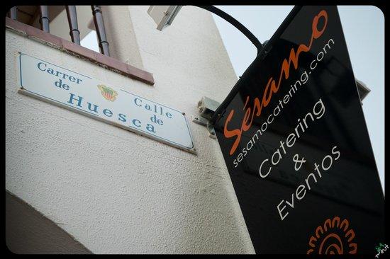 Sesamo Cafe Chai Restorante: Calle Huesca 5