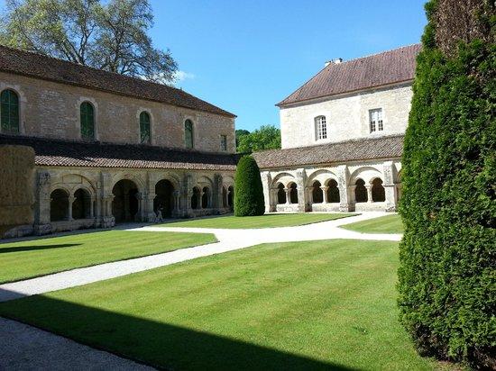 Abbaye de Fontenay: ehem. Kreuzgang
