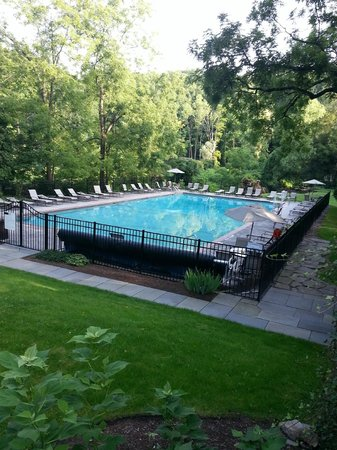 The Club at Hillbrook: View of the pool