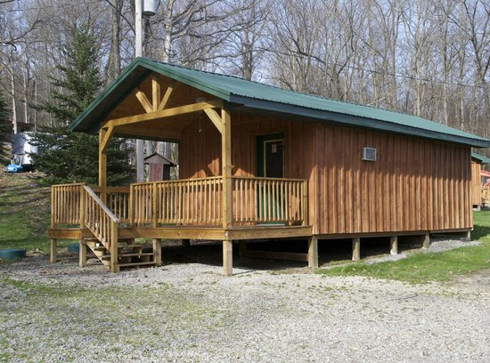 Peaceful Valley Campground : Deluxe cabins