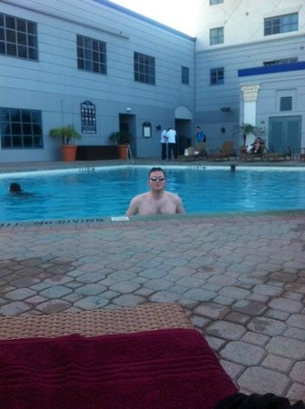 Westgate Palace Resort: poolside