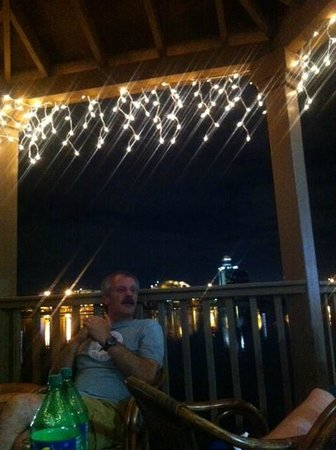 Westgate Palace Resort: fairy lights on decking area