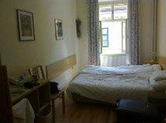 Hotel Graf Stadion : chambre pour 2