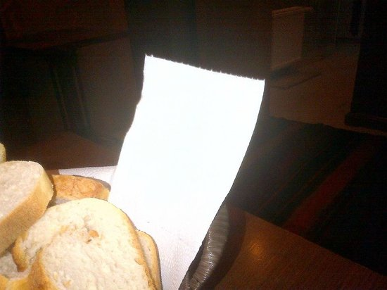 Royem Suites: WC kağıdı ile kahvaltı veren Ma Maison !