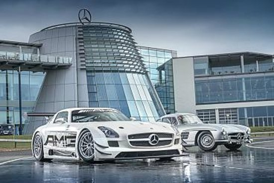 Weybridge, UK: Mercedes-Benz World Surrey free day out