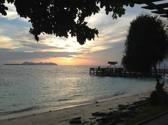 The Reef Dive Resort: закат