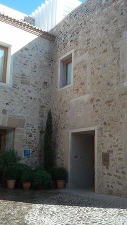 Atrio Restaurante Hotel Relais & Chateaux: Entrada al hotel