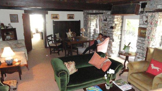 Warren Mill Farm: cottage
