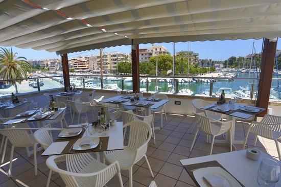 Soma Restaurant & wine bar : vistas excepcionales desde el restaurant