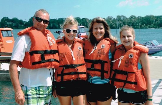 Whirlpool Jet Boat Tours: Great family activity!