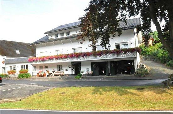 Landhotel Haus Dumicketal