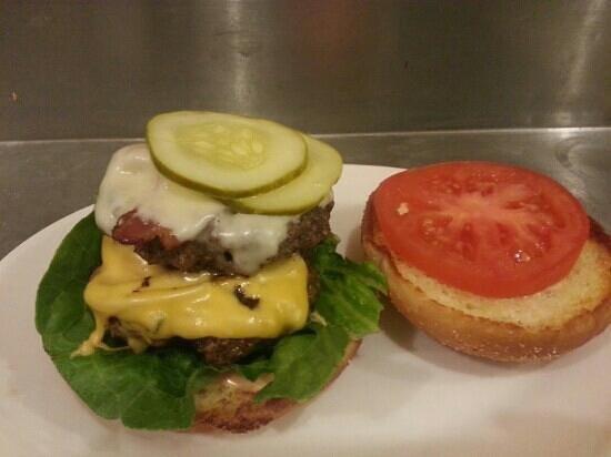 Sailor's Landing Restaurant: Whistle Burger