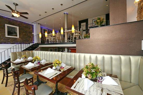 Casa Antigua: Restaurante Pips en el primer piso del Hotel
