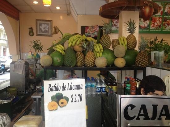 Las 3 Canastas : frutas para los jugos !