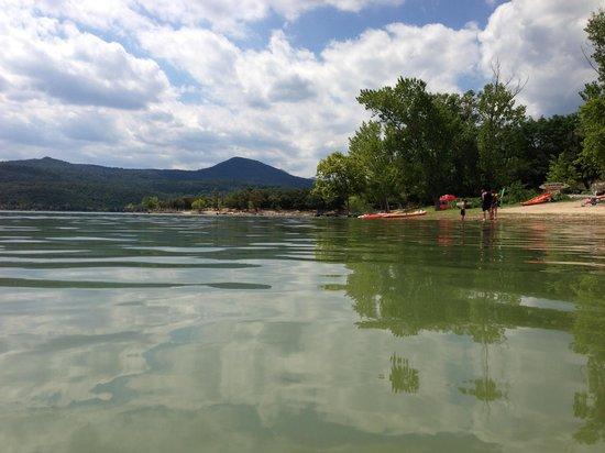 Darnius, España: le lac
