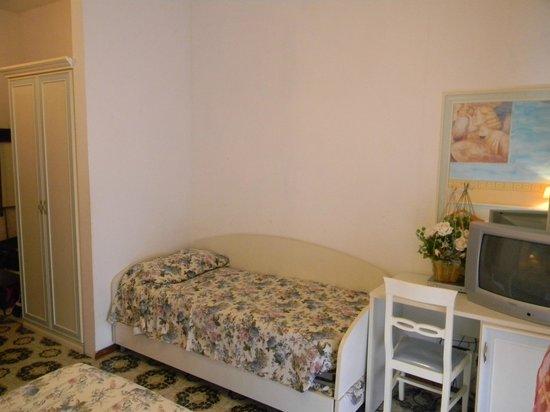 Hotel Terme: camera matrimoniale con letto aggiunto