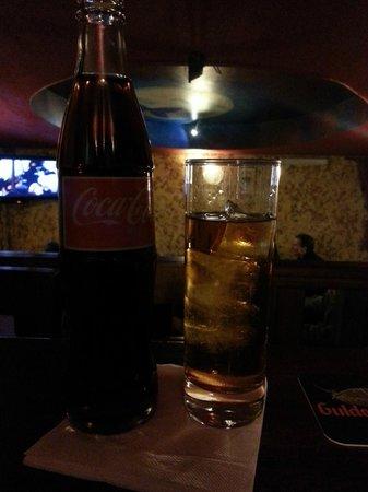 The Black Rock Pub: 90% rhum - the way it should be ;)