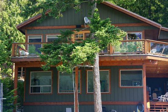The Cottage B&B on Lillooet Lake : The B&B