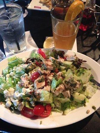Ned Devines Faneuil Hall: Cobb salad was huge and yummy!