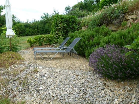Les Trois Collines: romantisch in de tuin van Les 3C