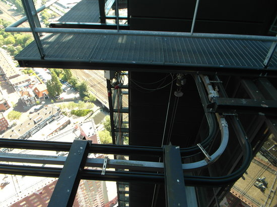 The Hague Tower : View on the elevator