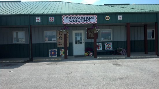Crossroads Quilting
