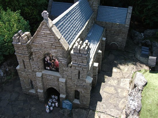 Boat dock picture of bekonscot model village for 4 church terrace docking