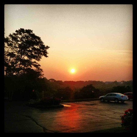 The Seaglass Inn & Spa: Sunset from our porch