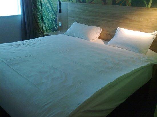 ibis Styles Birmingham Centre: Big Comfortable Bed