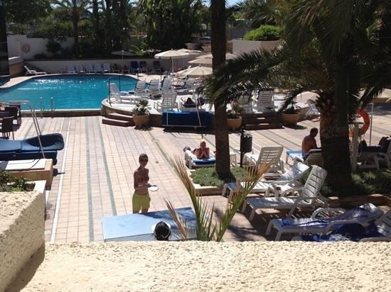 Grupotel Taurus Park: pool area