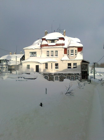 CzechSki Apartments: This is the Apartment Building