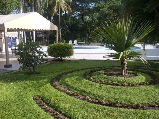 BEST WESTERN Las Mercedes: area de piscina
