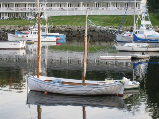 Finestkind Scenic Cruises: The Cricket tied-up in Perkins Cove.
