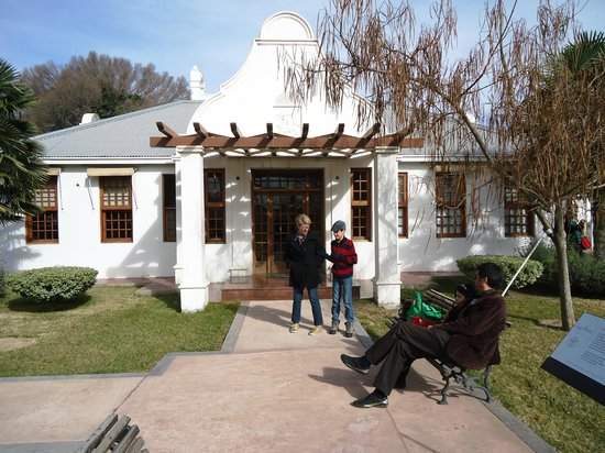 Bodega Luigi Bosca Familia Arizu: Entrada Principal da Bodega
